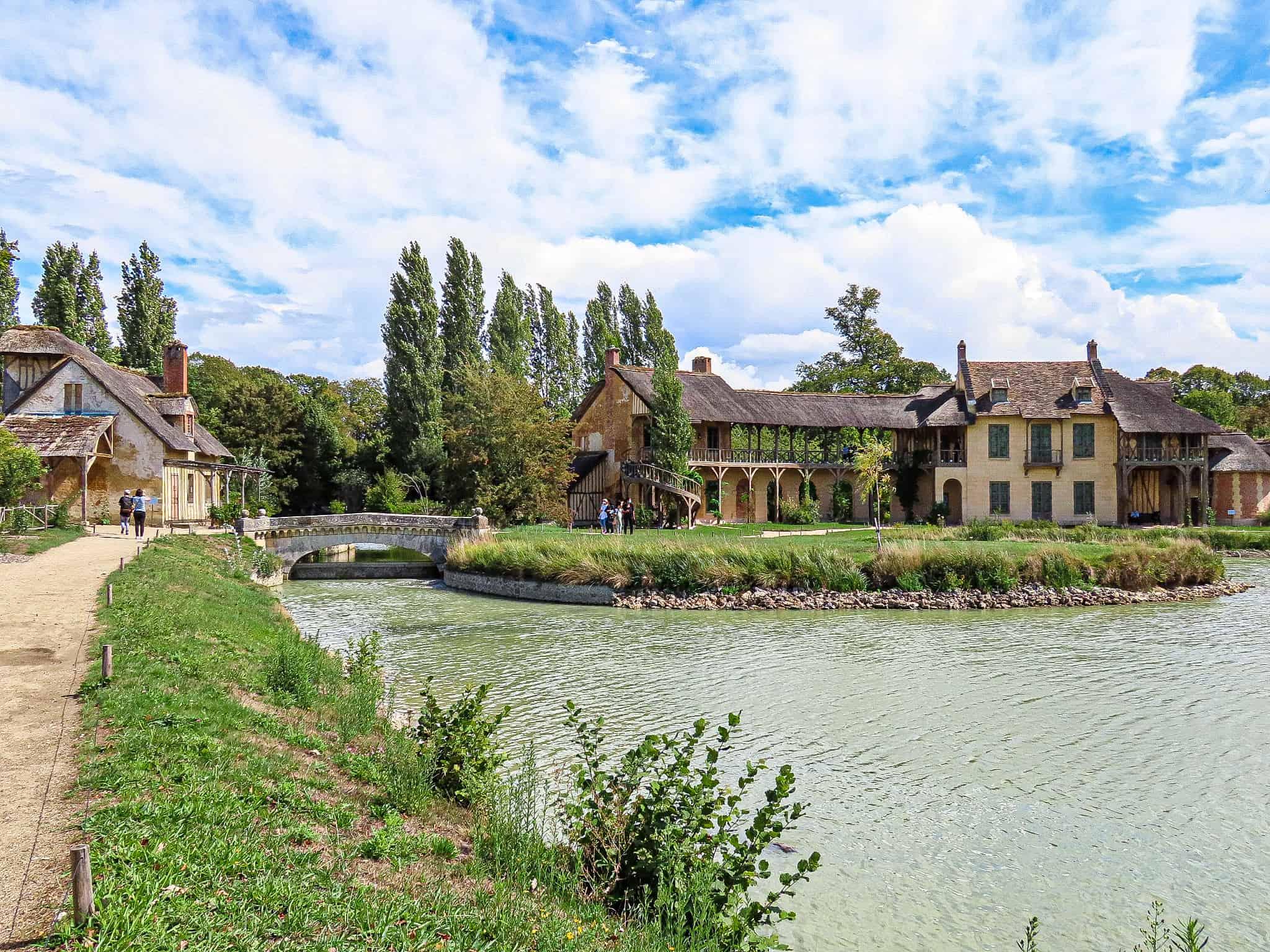 hameau-de-la-reine-balades-moins-1h-paris
