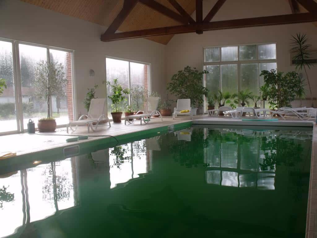 hotels-piscine-couvert-moins-2h-Paris
