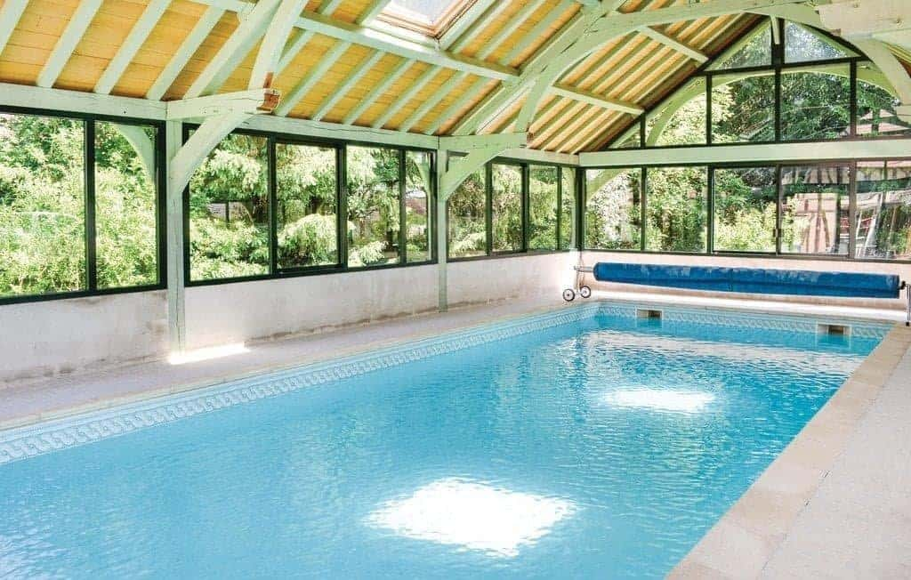 maison-hotes-aube-piscine-couverte-moins-2h-paris