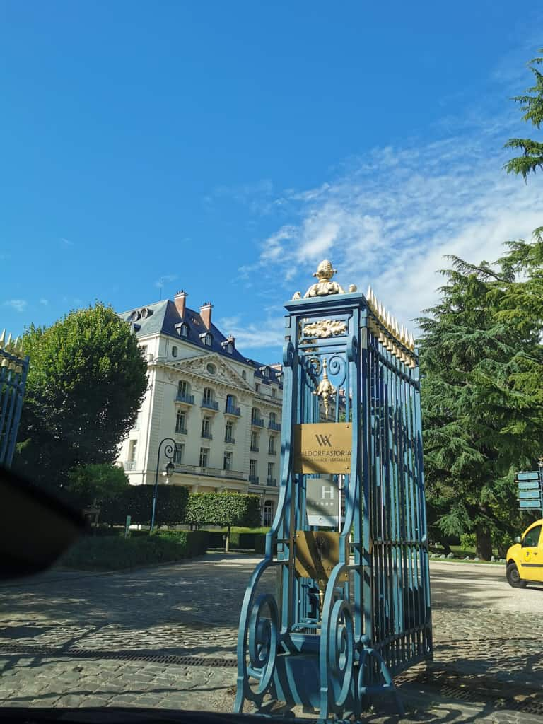 trianon-palace-versailles-5