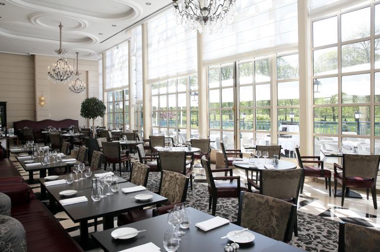 La Véranda, restaurant au sein du Trianon Palace à Versailles