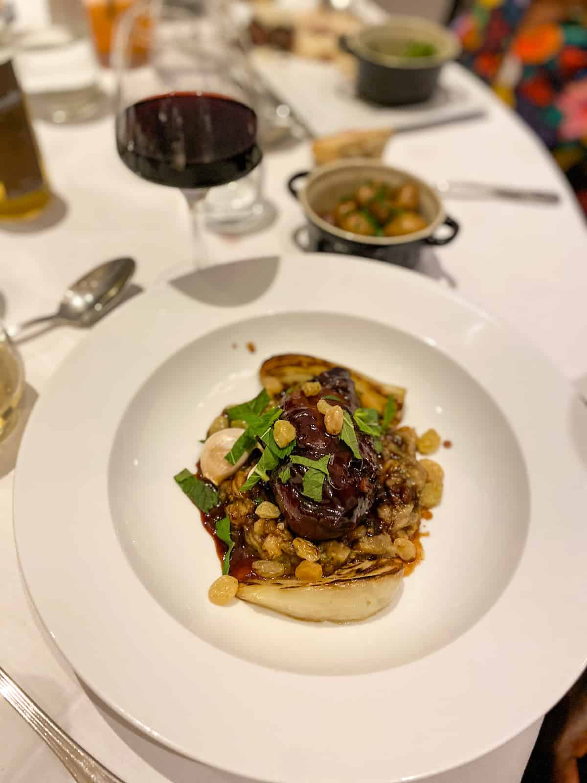 veranda-restaurant-trianon-palace-waldorf-astoria-versailles-