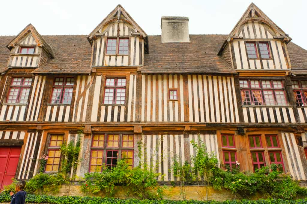 Chateau-de-Saint-Germain-de-Livet-pays-d-auge-02